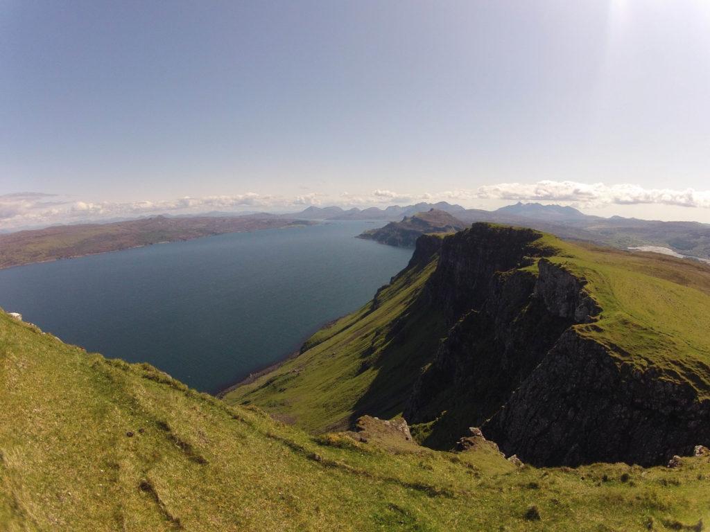 spektakuläre Klippen auf Etappe 3 am Skye Trail