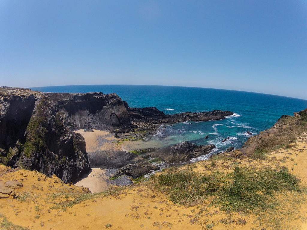 Steilküste auf Etappe 2 am Fischerpfad